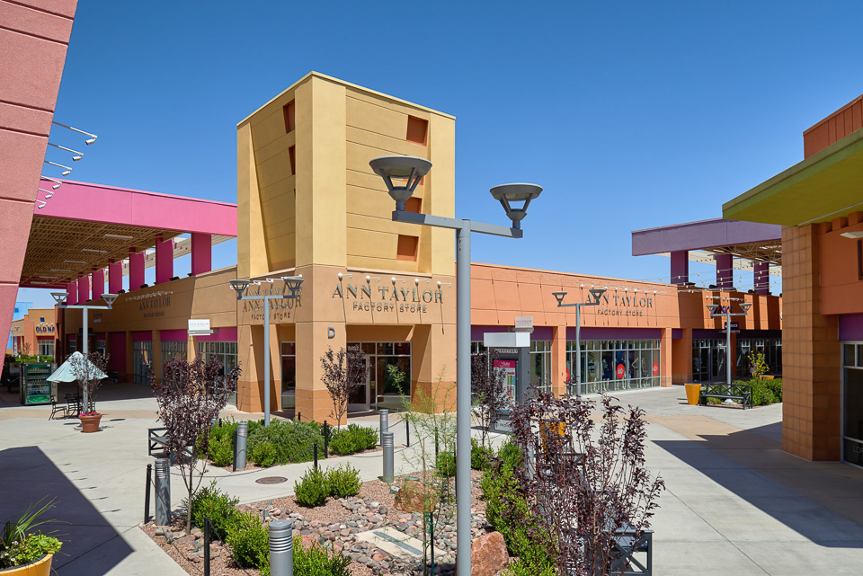Architecture photography of The Outlet Shoppes at El Paso