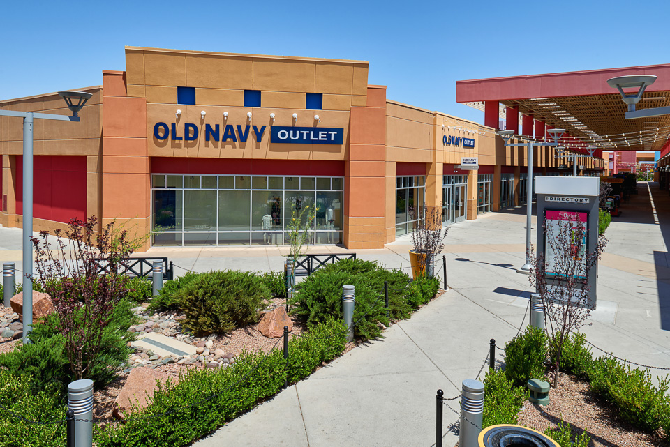 Architectural photography of The Outlet Shoppes at El Paso