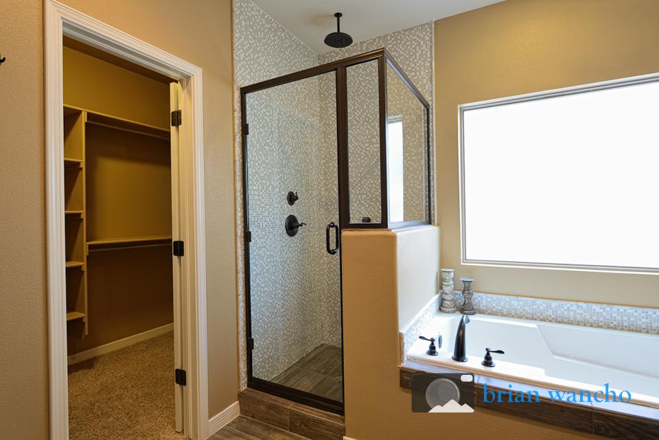 Master Bathroom - El Paso Interior Photographer