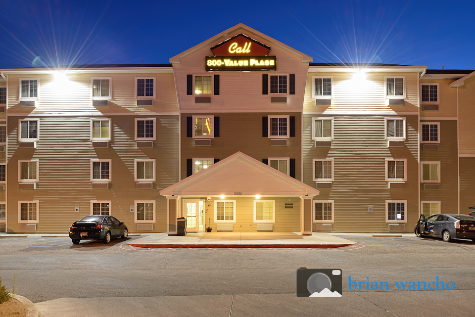 dusk hotel exterior photography